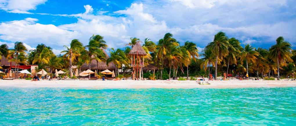 bungalos de un hotel en cancun